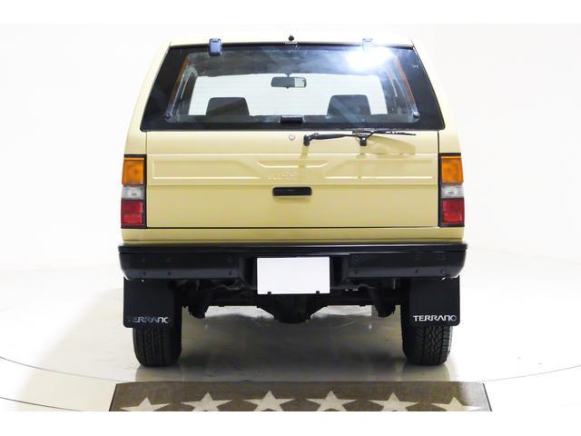 4WD US仕様 2ドア車 4ナンバー5人乗り ディーゼル車(13枚目)