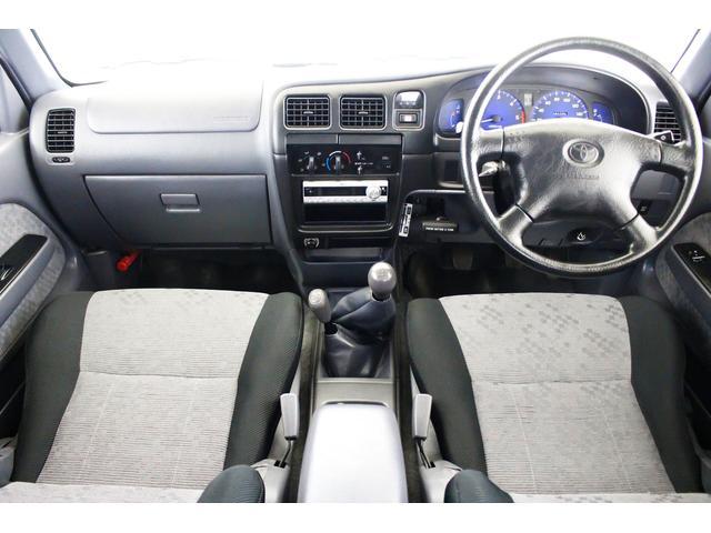 エクストラキャブ ワイド 4WD 新品タイベル交換済 5MT(3枚目)