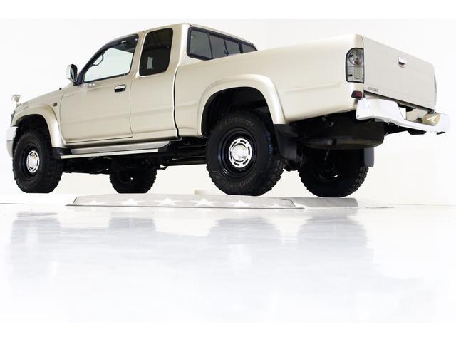 エクストラキャブ ワイド 4WD 新品タイベル交換済 5MT(10枚目)