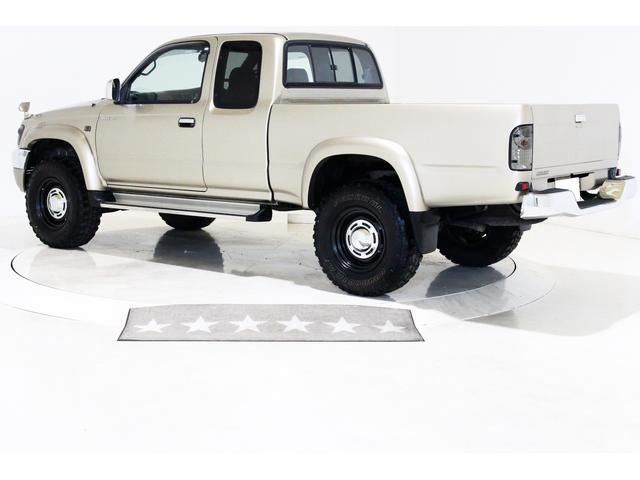 エクストラキャブ ワイド 4WD 新品タイベル交換済 5MT(11枚目)