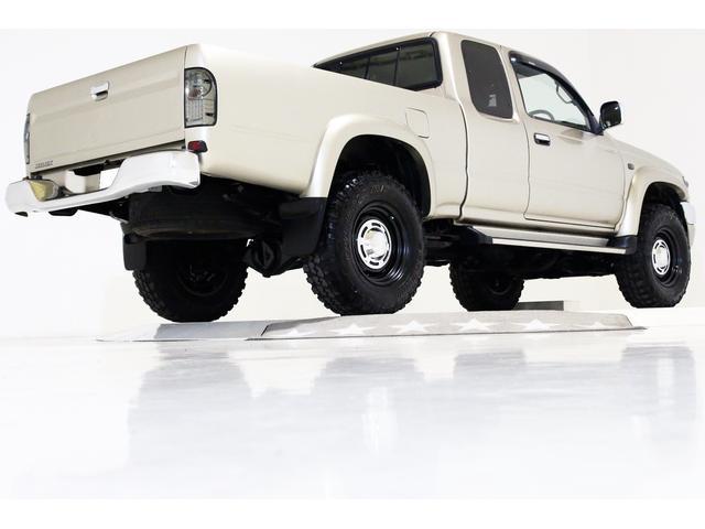 エクストラキャブ ワイド 4WD 新品タイベル交換済 5MT(14枚目)
