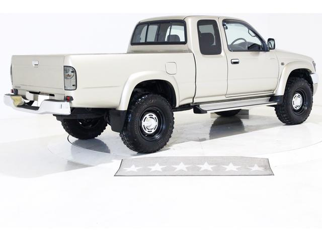 エクストラキャブ ワイド 4WD 新品タイベル交換済 5MT(15枚目)