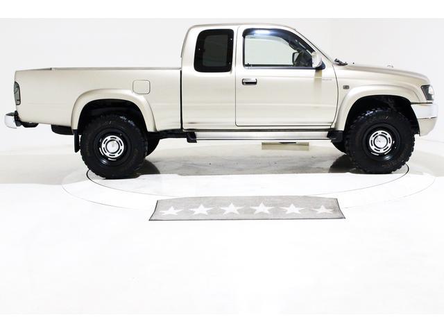 エクストラキャブ ワイド 4WD 新品タイベル交換済 5MT(17枚目)