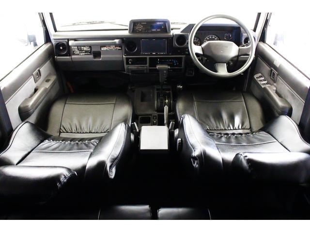 EX5 4WD 新品タイベル交換済 黒レザー調シートカバー付(3枚目)