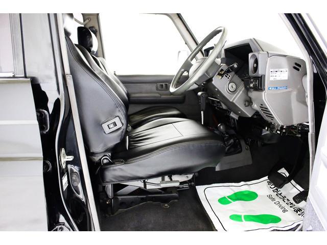 EX5 4WD 新品タイベル交換済 黒レザー調シートカバー付(32枚目)