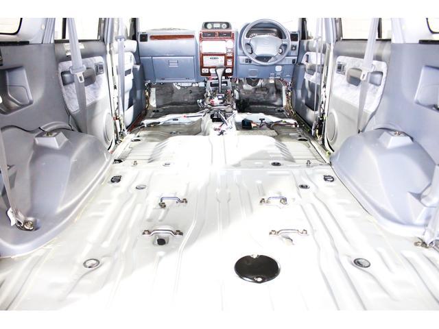 TZ 4WD リフトUP 丸目ライト レザー調シートカバー(4枚目)