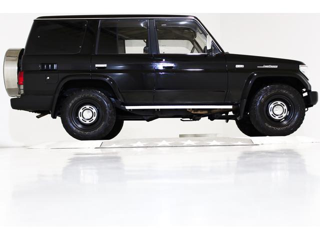 SXワイド 4WD タイベル交換済 黒レザー調シートカバー(16枚目)