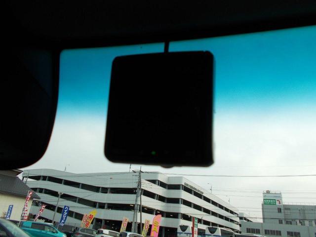 G SSブラックスタイルパッケージ Rカメラ フルセグTV 両側パワスラ オートライト シートヒーター オートエアコン(19枚目)