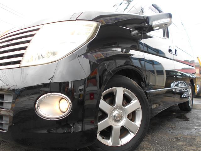 日産 エルグランド ハイウェイスター 豪華装備多数 専門業者の車内クリーニング済