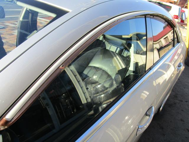 CLS500 正規ディーラー車 社外HDDナビ フルセグ バックカメラ サンルーフ 19インチアルミホイール ヒーター付き電動レザーシート ウッドコンビハンドル ETC 法人使用車 取説記録簿付(56枚目)