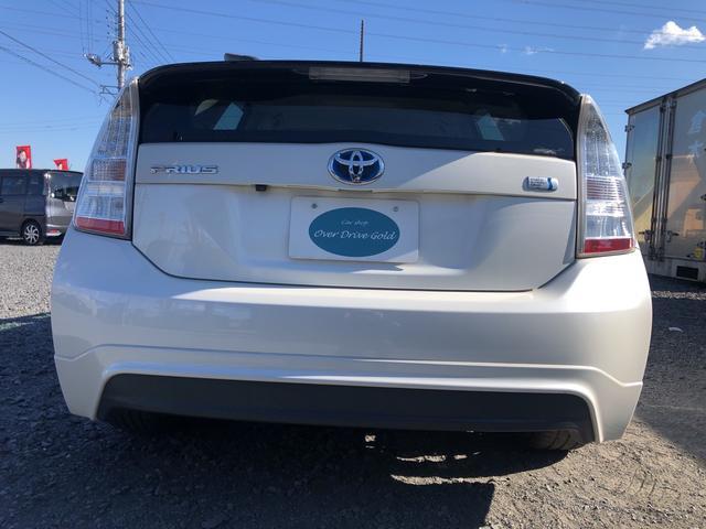 エアバッグ&ABSに安全ボディと安全装備も充実しています。