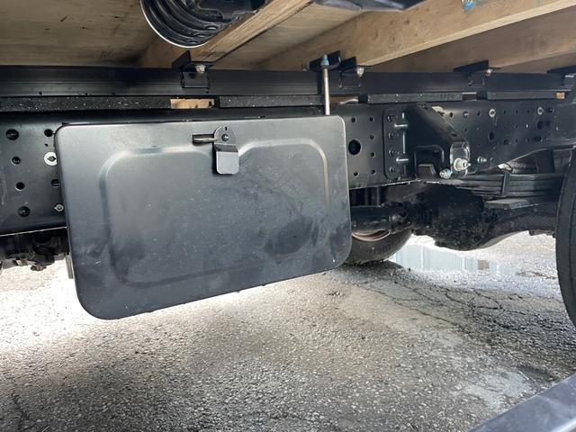 幌 ホロ車 オートマ ワイド ロング 最大積載量2750kg 4千キロ 令和1年製(32枚目)