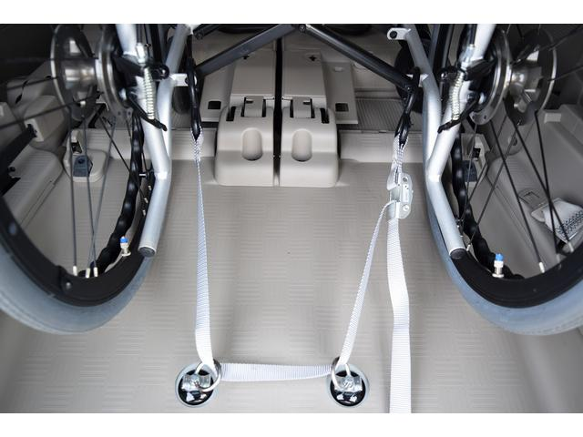 福祉車両 スロープ 電動ウィンチ 4WD 車イス一基(4枚目)