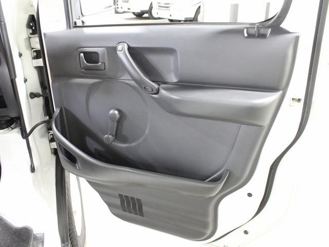 軽キャンパー インディアナRV インディ727 4WD サブバッテリー 走行充電 400Wインバーター 外部電源 ソーラーパネル コンビロールポップアップルーフ FFヒーター SDナビ フルセグ ETC ミラー型モニター(42枚目)