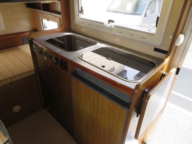 キッチンスペースも十分な広さが御座います!