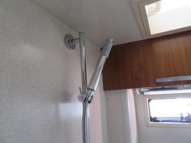 温水ボイラー、シャワー完備!非常時にも大活躍です!