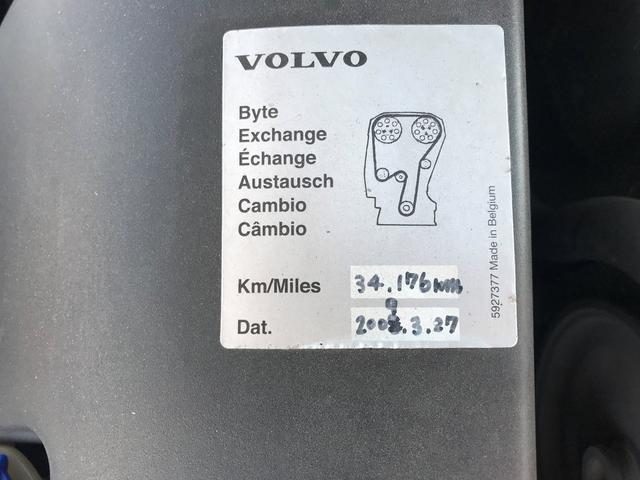 ボルボ ボルボ V70 2.4