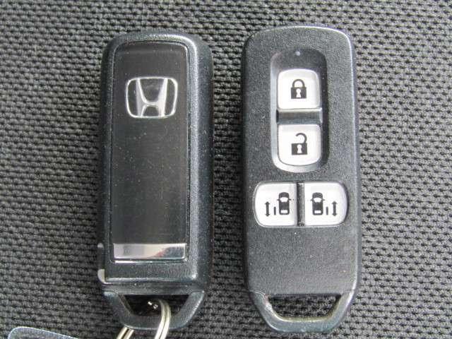 G・ターボAパッケージ ターボ 4WD 両側PSD 純正ナビ(20枚目)