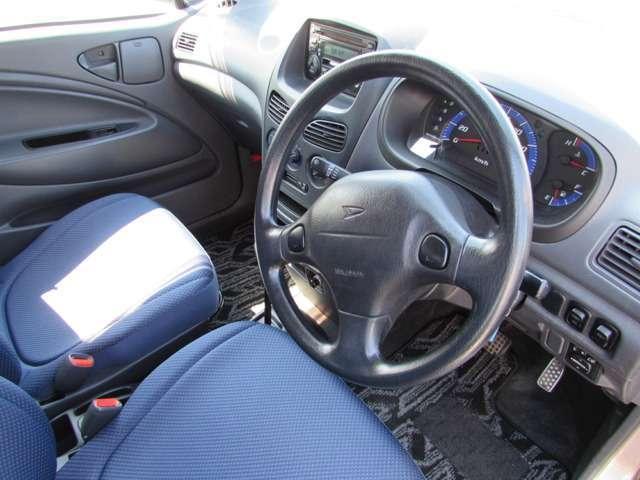 L 4WD キーレス タイベル交換済 社外AW CD(6枚目)