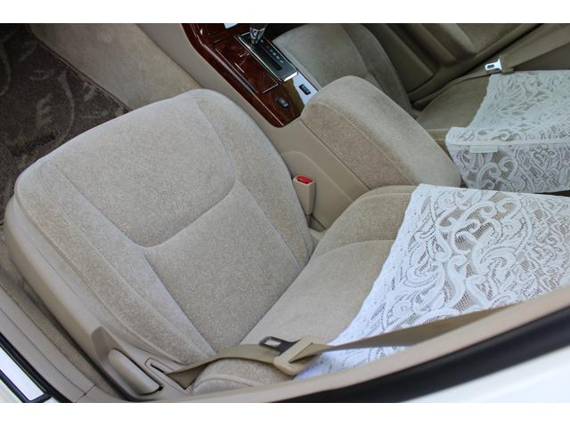 ロイヤルエクストラリミテッド 2.0リッター 運転席パワーシート キーレス リアサンシェード 純正アルミ(34枚目)