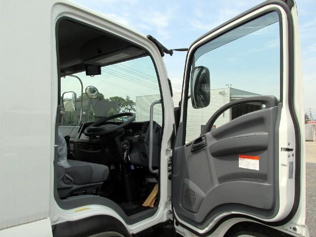 いすゞ フォワード 6.2m冷蔵冷凍車 低温 サイドドア付 ワイド・エアサス