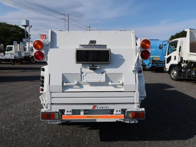 パッカー車 巻込み式 3.2立米(3枚目)