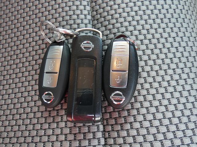ライダー ブラックライン ワンオーナー 純正ナビ Bluetooth  フルセグ インテリキー  プッシュスタート HIDヘッドライト ETC オーテックアルミ 電動格納ミラー(17枚目)