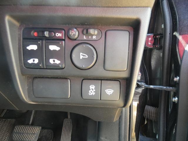 ジャストセレクション 両側パワスラ 純正HDDナビ 地デジ バックカメラ ビルトインETC クルーズコントロール オートライト スマートキー ウインカーミラー HIDライト ステアリングスイッチ(9枚目)
