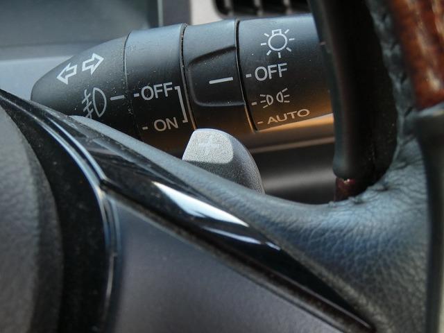 Z 両側パワースライドドア 後席フリップダウンモニター 純正HDDナビ 地デジ バックカメラ HIDヘッドライト 社外18インチアルミ パドルシフト ビルトインETC スマートキー(12枚目)