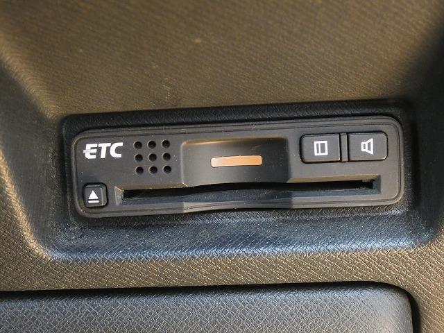 Z 両側パワースライドドア 後席フリップダウンモニター 純正HDDナビ 地デジ バックカメラ HIDヘッドライト 社外18インチアルミ パドルシフト ビルトインETC スマートキー(13枚目)