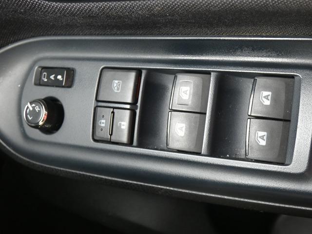 Si 両側パワースライドドア 後席フリップダウンモニター 社外ナビ Bluetooth フルセグ バックカメラ LEDヘッドライト スマートキープッシュスタート ETC(15枚目)