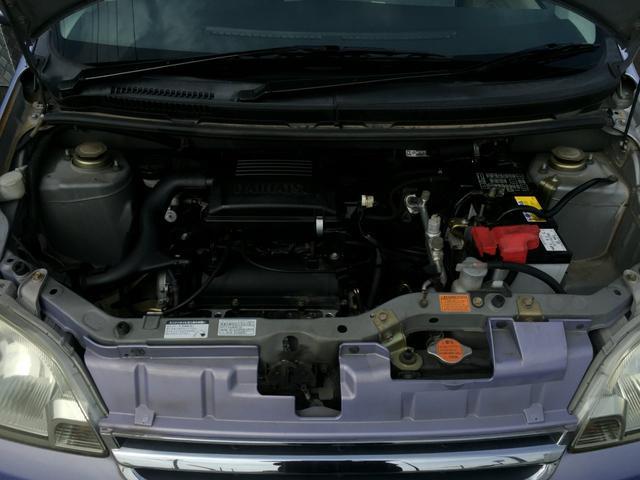エンジンルームも★ピカピカ★です!当社の車両は仕入れ後、エンジン点検を行い、その後綺麗に仕上げて展示しております。