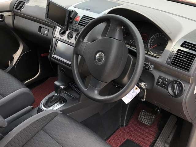 「フォルクスワーゲン」「VW ゴルフトゥーラン」「ミニバン・ワンボックス」「茨城県」の中古車9