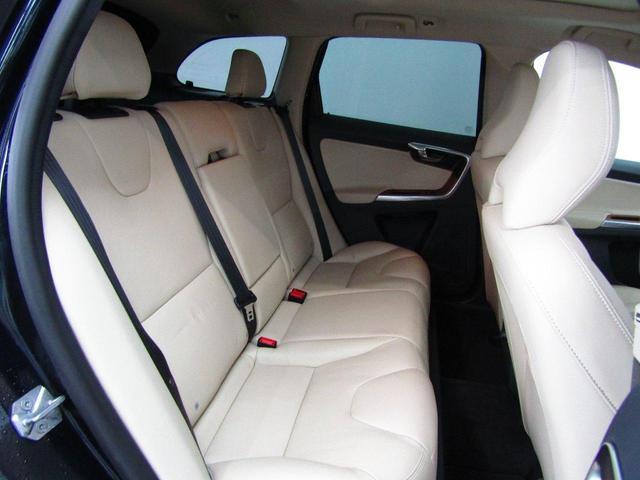 「ボルボ」「XC60」「SUV・クロカン」「群馬県」の中古車19