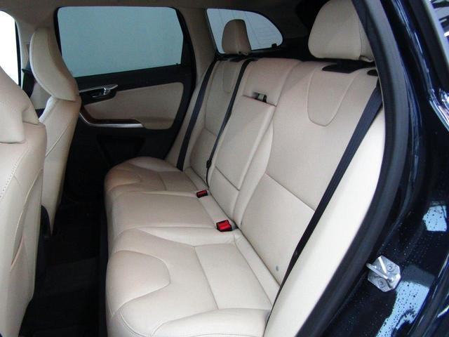 「ボルボ」「XC60」「SUV・クロカン」「群馬県」の中古車21