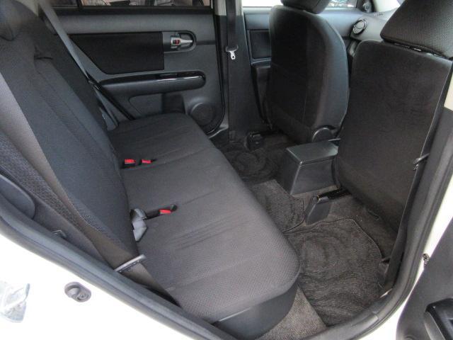 1.8S エアロツアラー ・4WD・サンルーフ・純正HDDナビ・フルセグ・Mサーバー・バックカメラ・外15AW・ETC・HID・スマートキー・プッシュスタート・EGスターター・本革巻ステアリング・パドルシフト・Tチェーン(9枚目)