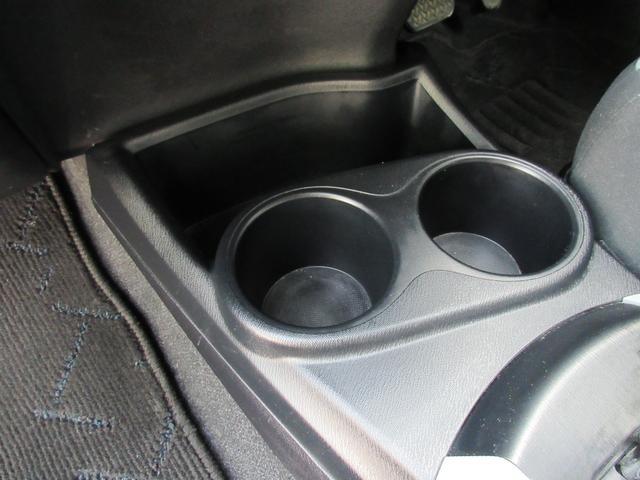S 純正SDナビ・Bluetooth・フルセグ・DVD視聴・ETC・スマートキー・プッシュスタート・オートエアコン・ドアバイザー・リアスポイラー・ウィンカーミラー・トノカバー・タイミングチェーン(34枚目)
