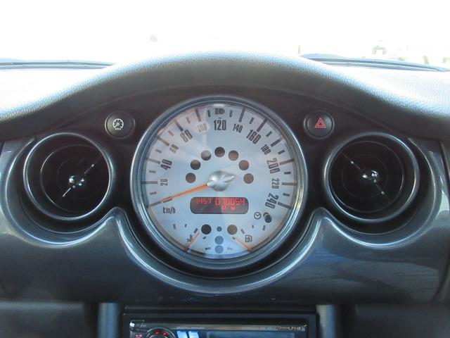 ワン 後期型・走行70000km・オプションカラー/アストロブラック・CDオーディオ・ETC・キーレス・オートエアコン・革巻ステアリング・マニュアルモード・タイミングチェーン(12枚目)