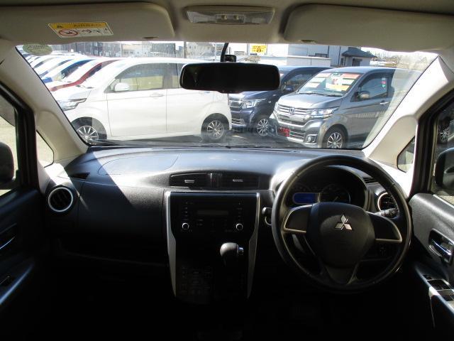 T バックカメラ ETC スマートキー プッシュスタート ターボ HID ウィンカーミラー オートライト オートエアコン 禁煙車(3枚目)