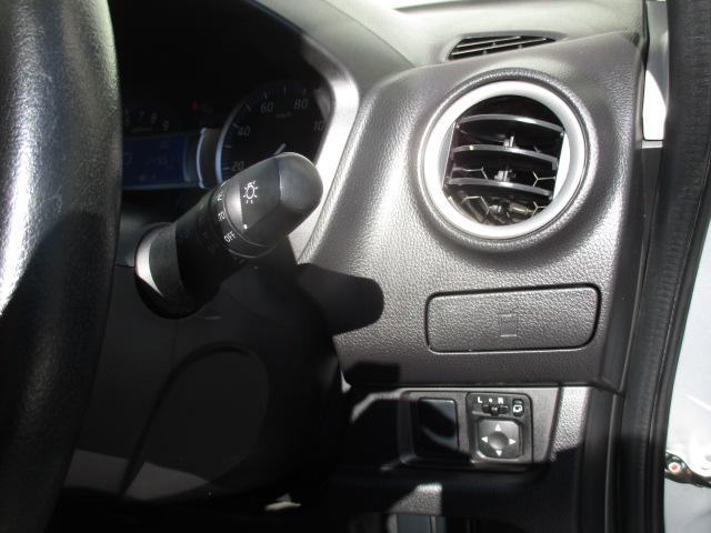 T バックカメラ ETC スマートキー プッシュスタート ターボ HID ウィンカーミラー オートライト オートエアコン 禁煙車(47枚目)
