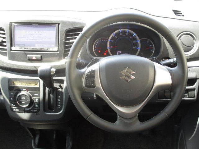 T 社外メモリーナビ  Bluetooth ターボ アイドリングストップ パドルシフト HIDライト オートライト 純正15インチアルミ スマートキー プッシュスタート フルセグ ステアリングスイッチ(4枚目)