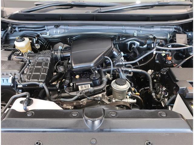 2700ccガソリンエンジンです。