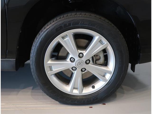 純正のアルミホイールになります。タイヤサイズは235/55R18