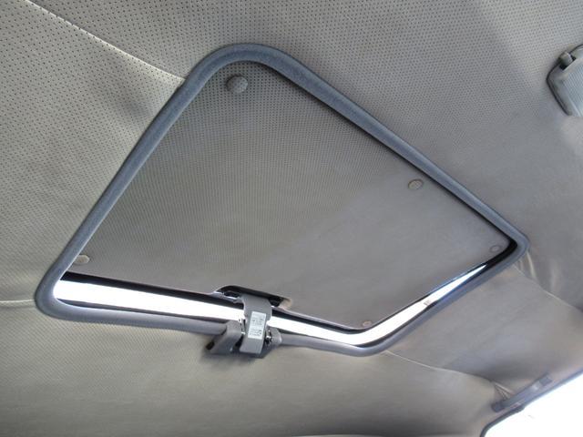 「トヨタ」「メガクルーザー」「SUV・クロカン」「茨城県」の中古車11