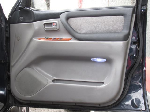 「トヨタ」「ランドクルーザー100」「SUV・クロカン」「茨城県」の中古車14