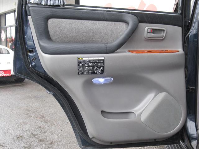 「トヨタ」「ランドクルーザー100」「SUV・クロカン」「茨城県」の中古車18
