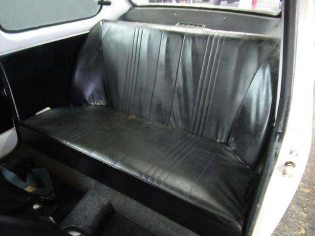 スポーティー 全塗装済 ユーザー買取車 2スト 4速MT タコメーター レザーシート 車庫保管(11枚目)