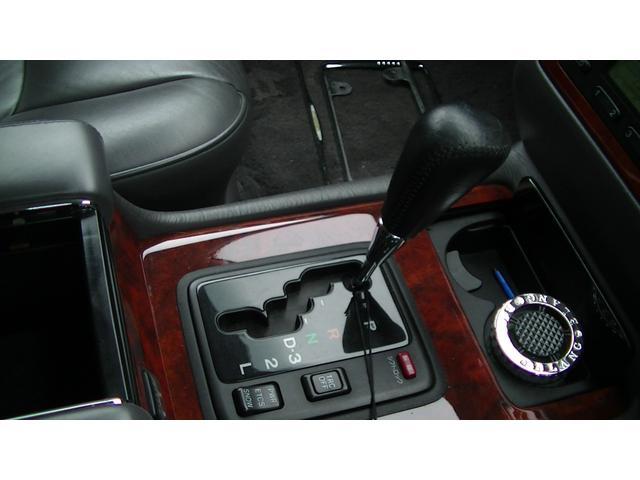 標準仕様車 デュアルEMVパッケージ(16枚目)