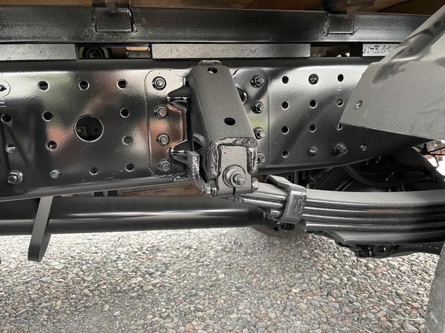 2t 平ボディ  ロング  オートマ  Wタイヤ ETC 左電格ミラー  ターボ車(23枚目)