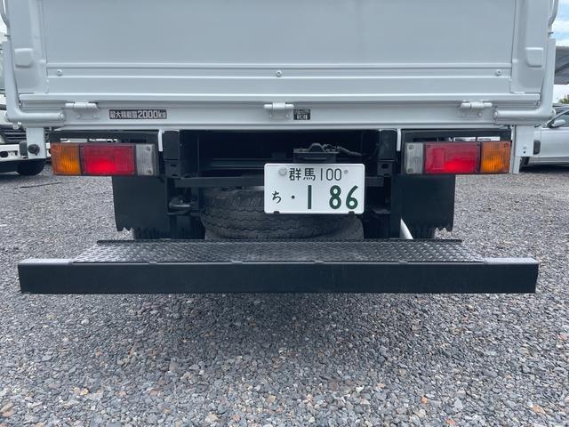 2t 平ボディ  全低床    左電動格ミラー  6速  NOx・PM適合車(36枚目)